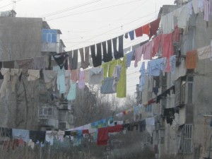 drying_clothes_in_kabul-t2